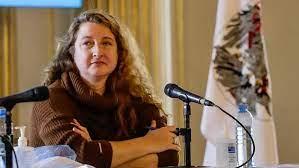 La porteña María Rosa Muiños propone la vuelta a la presencialidad