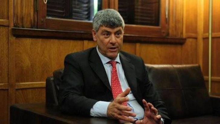 Buryaile criticó el proyecto del gobierno de fomento al sector